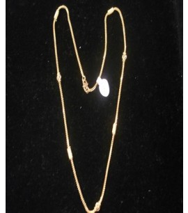 Necklace with design at Intervals