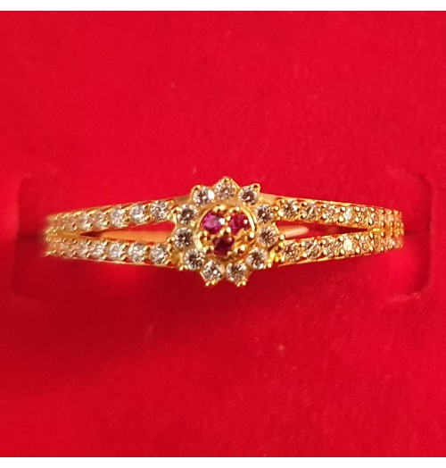 GJR040-22ct Gold ring with Preciosa and Rubies